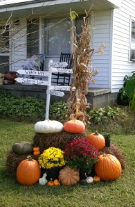 My fall display with Halloween sign