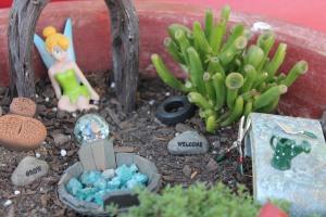 Garden gazing globe